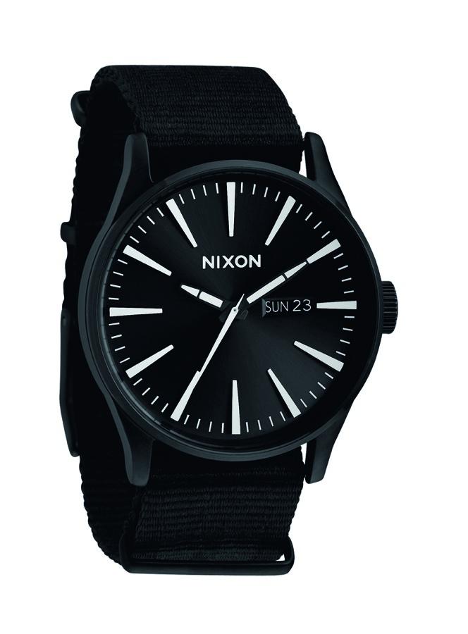 Nixon-black