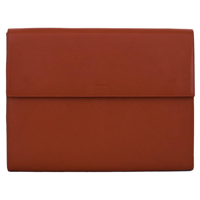 berg-and-berg-leather-laptop-sleeves-04