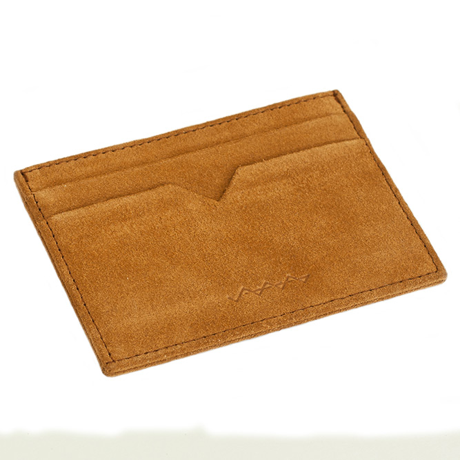 berg-and-berg-leather-laptop-sleeves-07