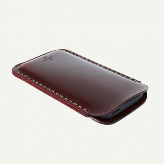 makr-iphone5-leather-sleeve-5