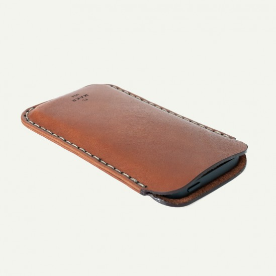 makr-iphone5-leather-sleeve-6