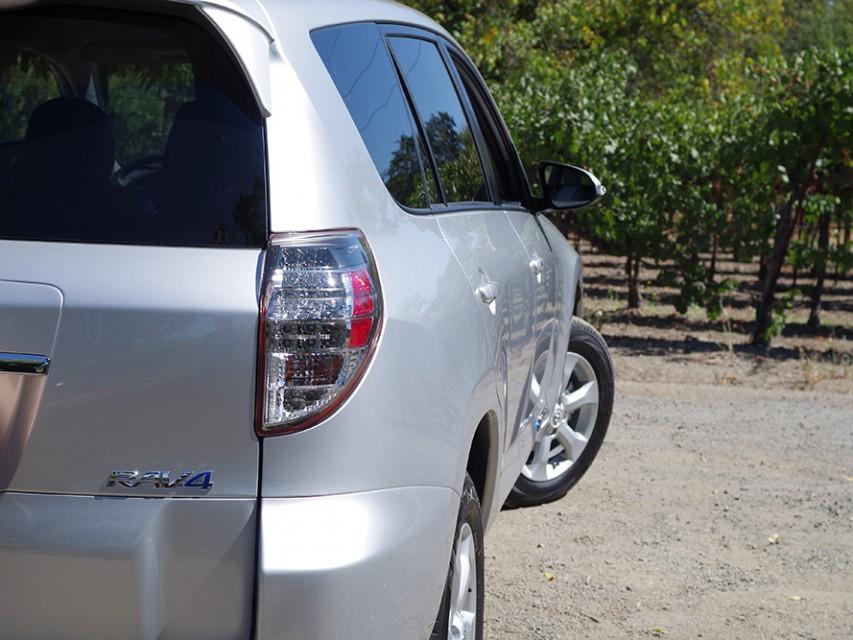 toyota-rav4-ev-electric-car-08