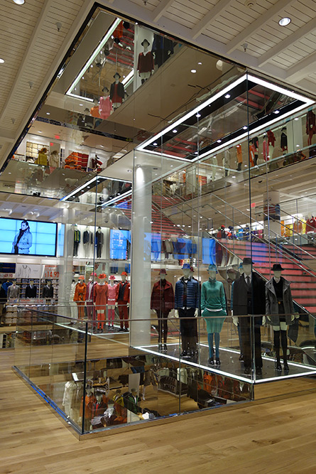 uniqlo-sf-now-open-2