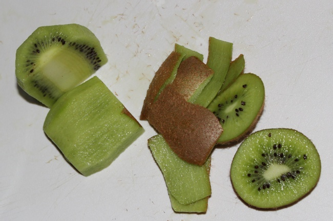 Kiwi Baby Kale Salad