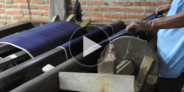 Watch Hand Loomed Selvedge Denim Being Made