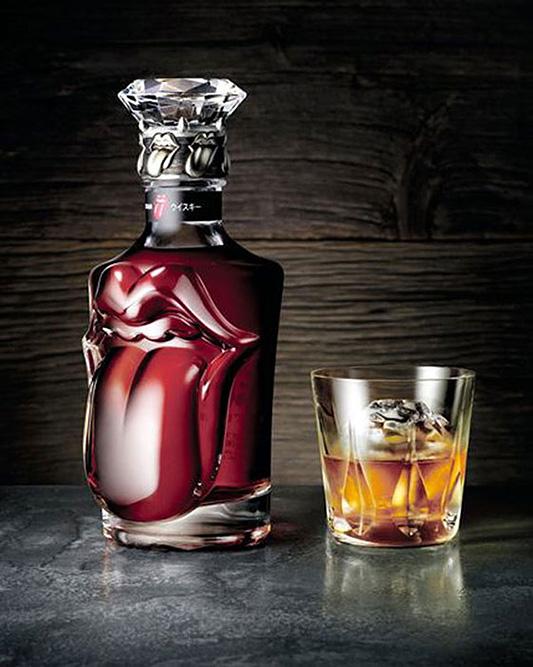 suntory-rollingstone-whiskey-bottle-2