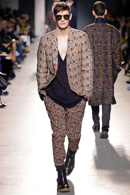 dries-van-noten-fall-2013-07