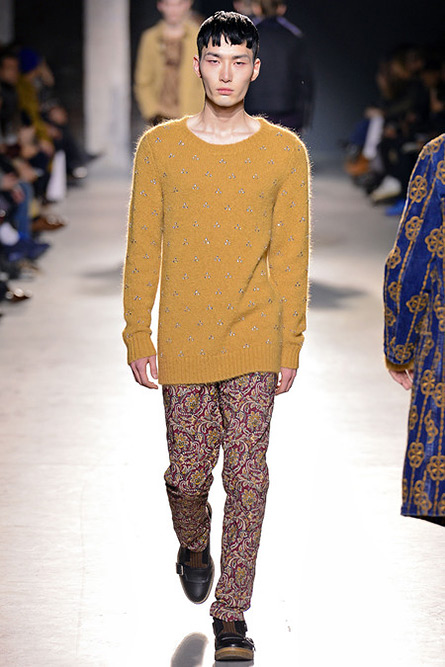 dries-van-noten-fall-2013-19
