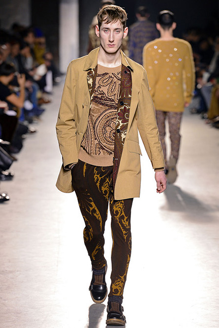 dries-van-noten-fall-2013-20