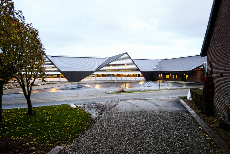 vejlskovgaard-stable-lumo-architects-06