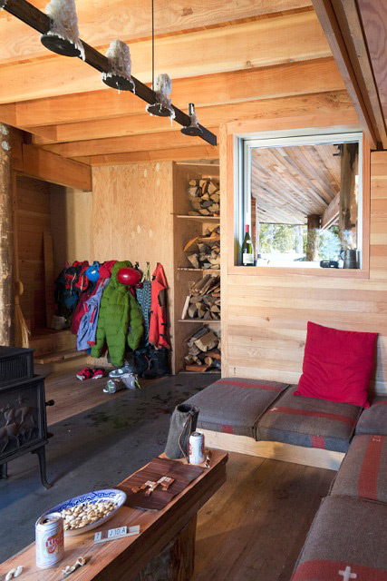 Scott-and-Scott-Architects-Alpine-Cabin-08
