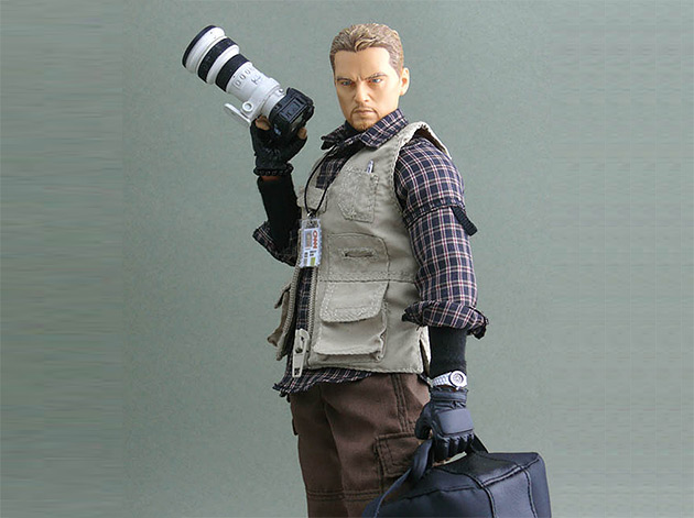 conflict-photographer-action-figure-03