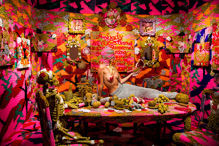 olek-at-jonathan-levine-exhibition-17
