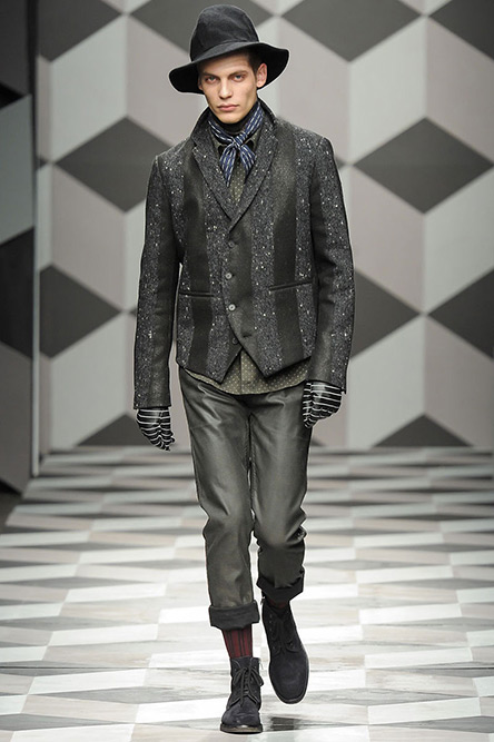 robert-geller-fall2013-menswear-02