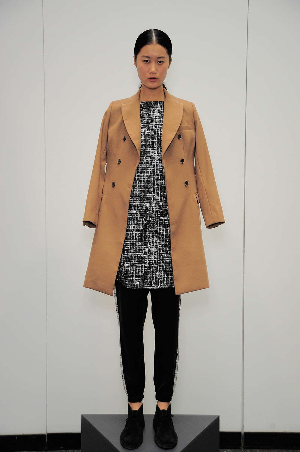 shades-of-grey-micah-cohen-fw13-15