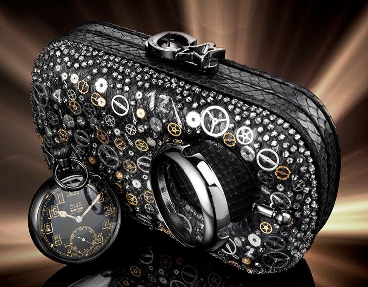 bamford-corto-moltedo-time-machine-susan-clutch-01