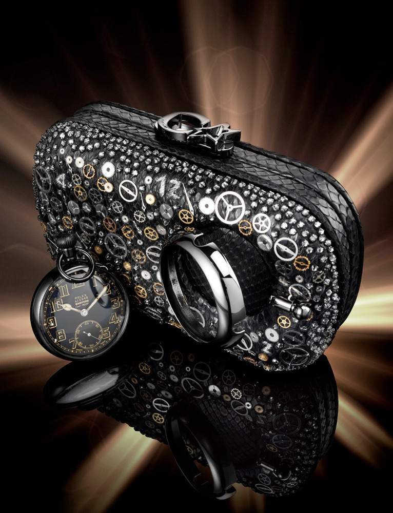 bamford-corto-moltedo-time-machine-susan-clutch-02