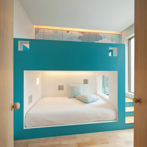 bearbrick-house-07