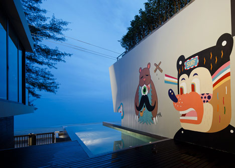bearbrick-house-08
