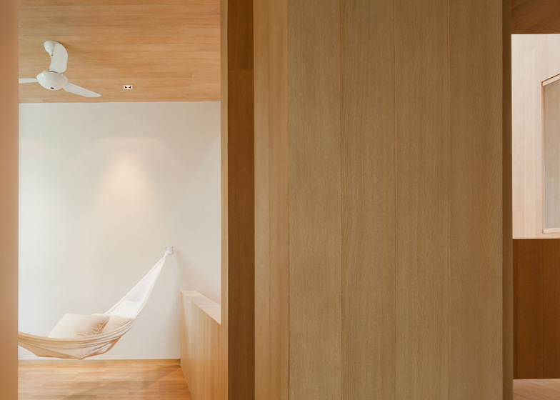bearbrick-house-12