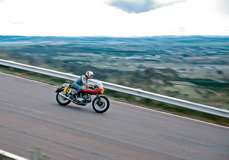 ducati-860SS-replica-bike-exif-01