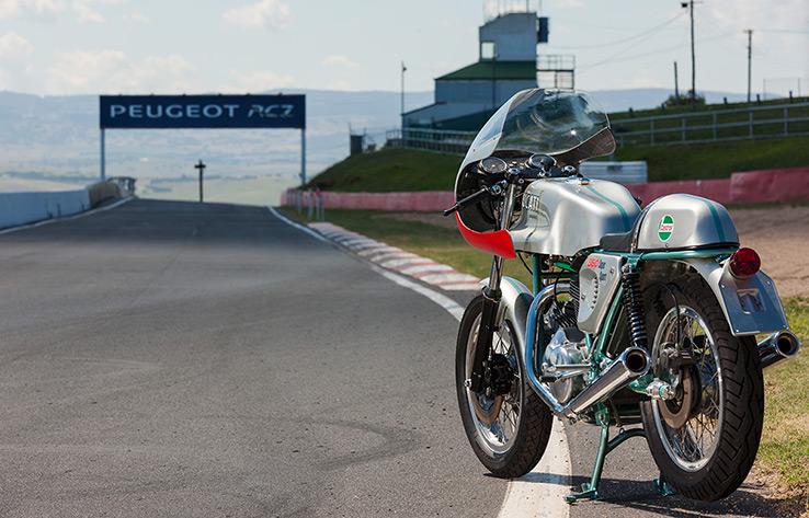 ducati-860SS-replica-bike-exif-08