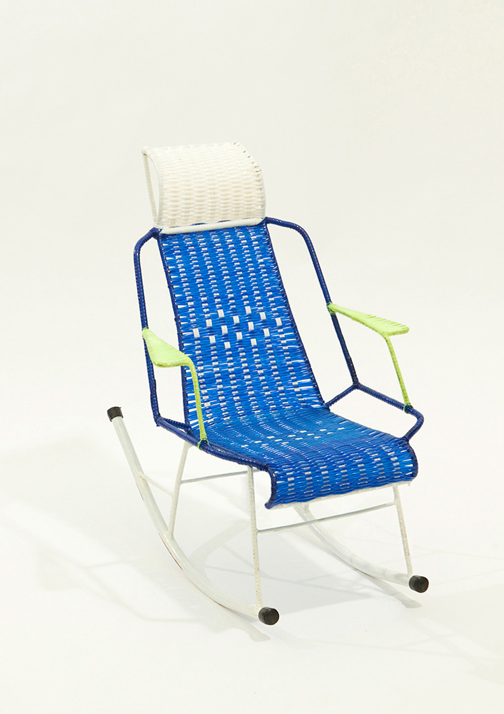 marni-100-chairs-inhabi-tants-the-migrating-multitude-chairs-05