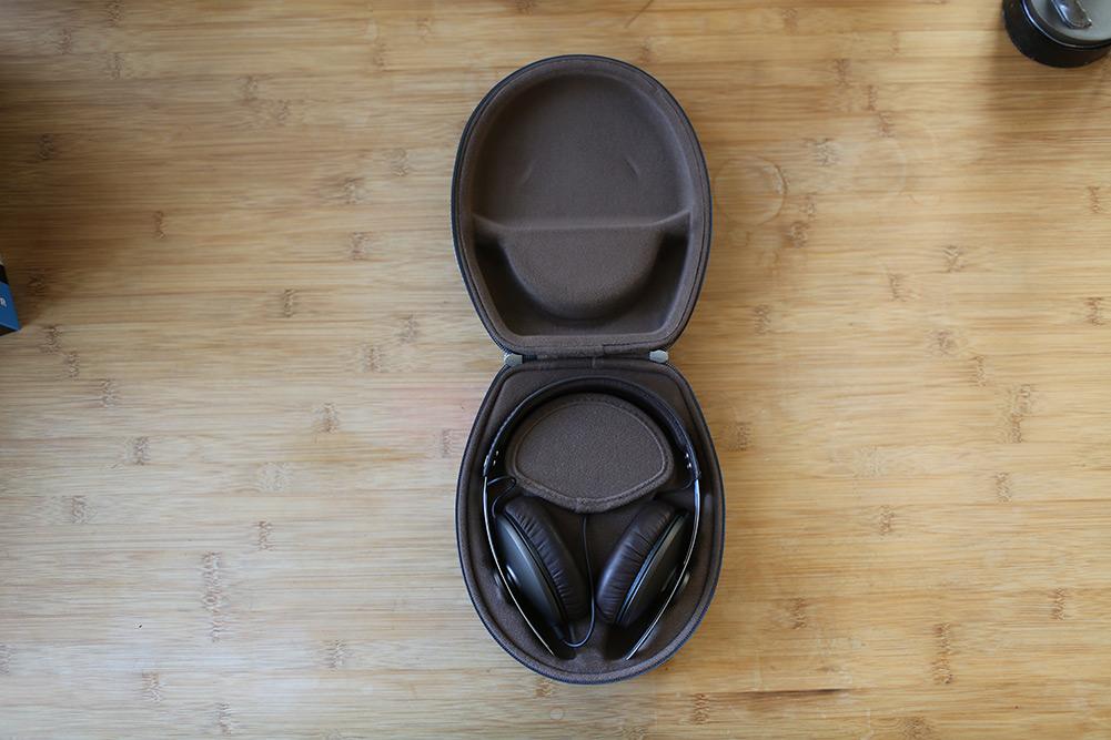 sennheiser-momentum-headphones-06