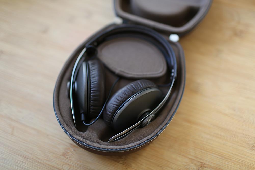 sennheiser-momentum-headphones-10