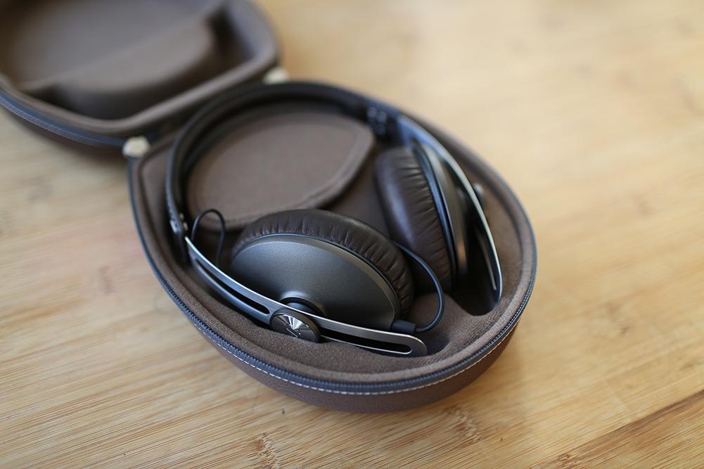 sennheiser-momentum-headphones-12