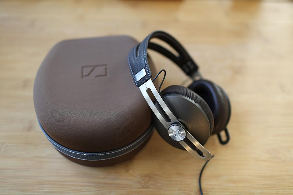 sennheiser-momentum-headphones-16