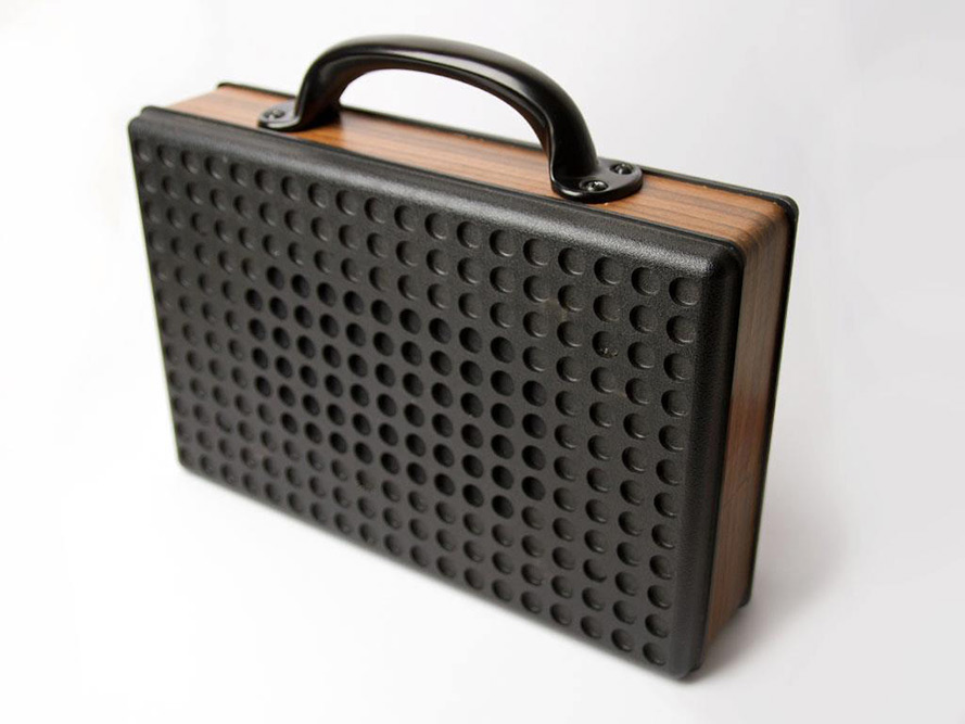 7-vintage-speakers-go-mobile-02