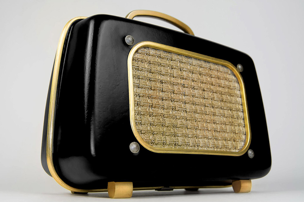 7-vintage-speakers-go-mobile-06