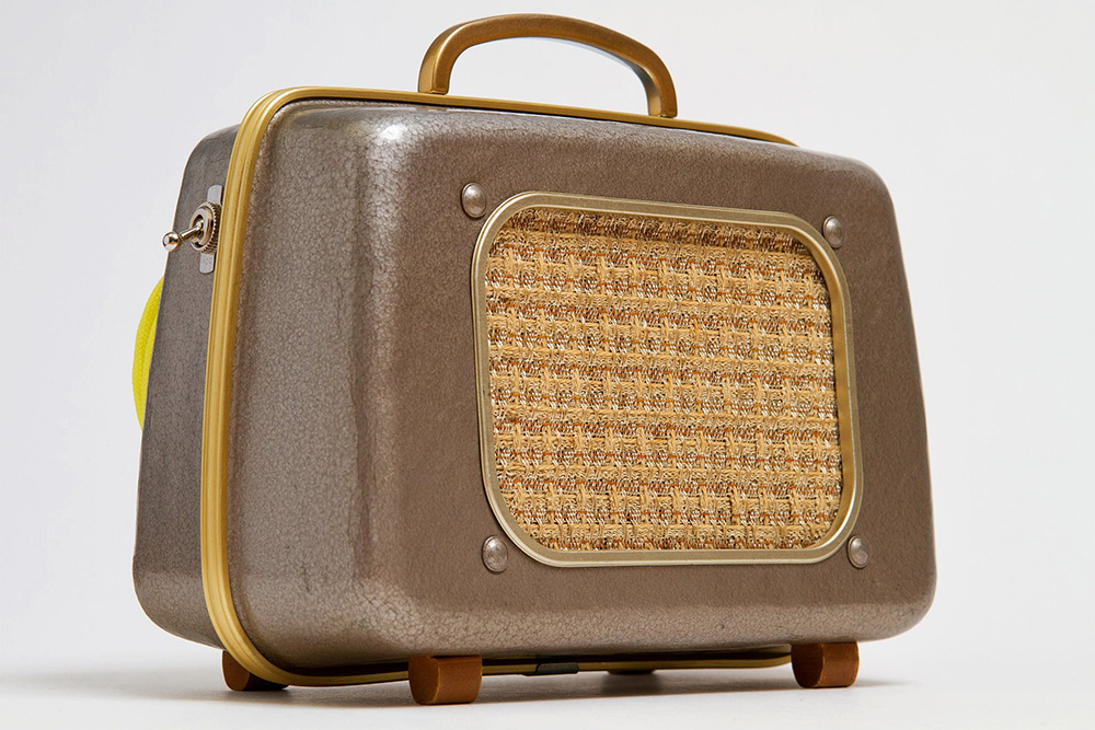 7-vintage-speakers-go-mobile-10