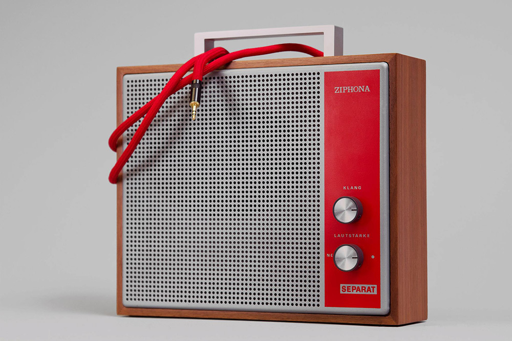 7-vintage-speakers-go-mobile- 2