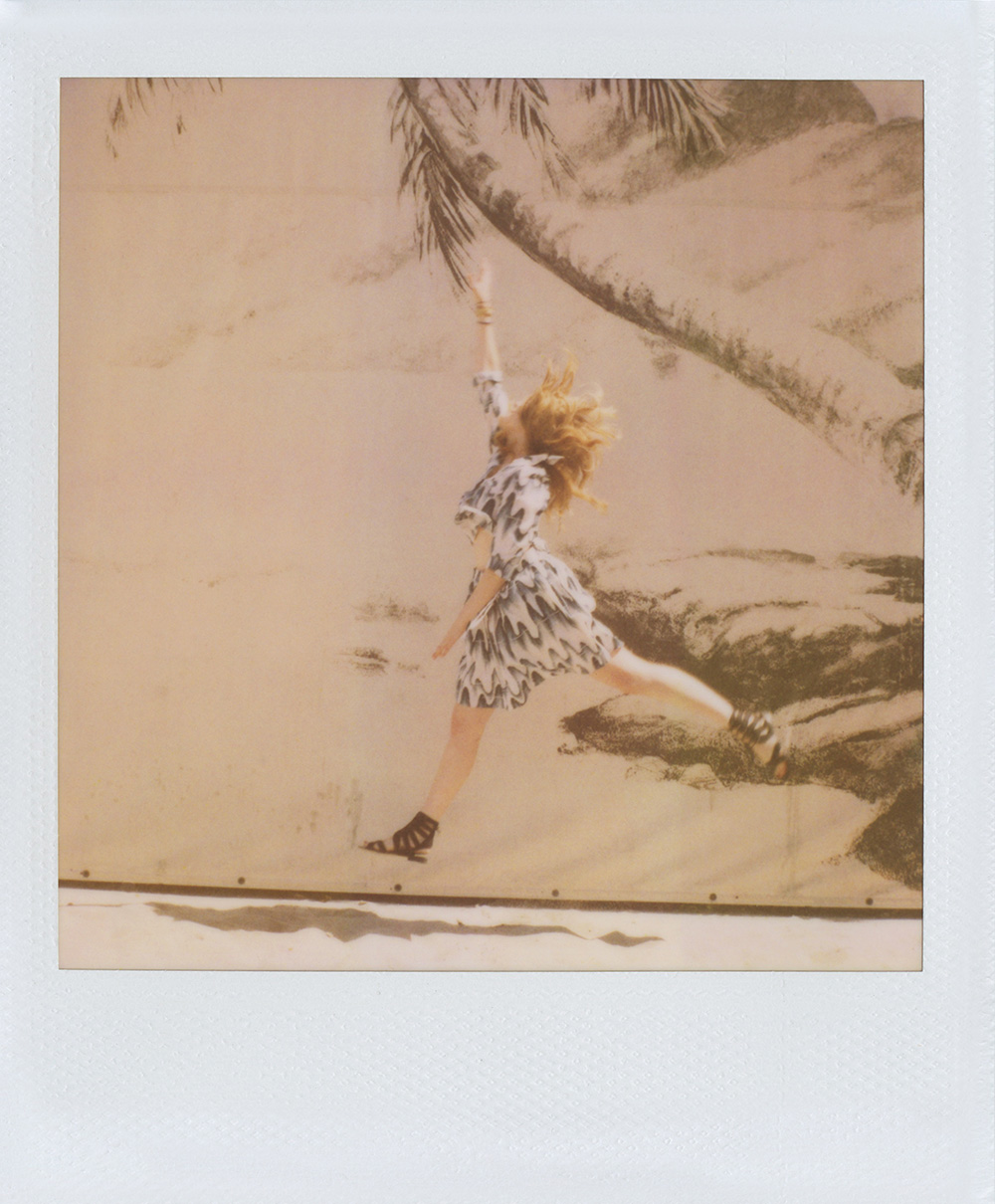 band-of-outsiders-greta-gerwig-polaroids-03