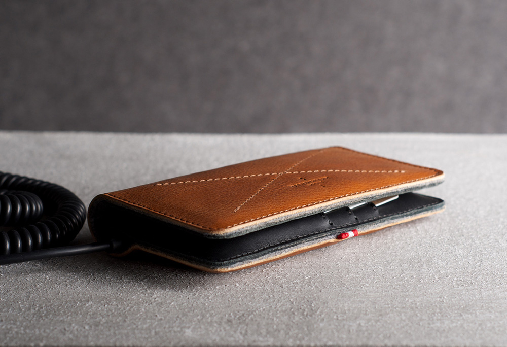 hard-graft-mighty-phone-fold-wallet-02