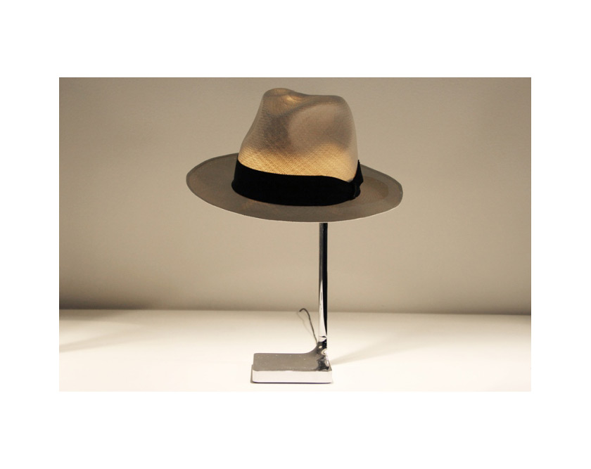 philippe-starck-flos-hat-table-lamp-2013-2