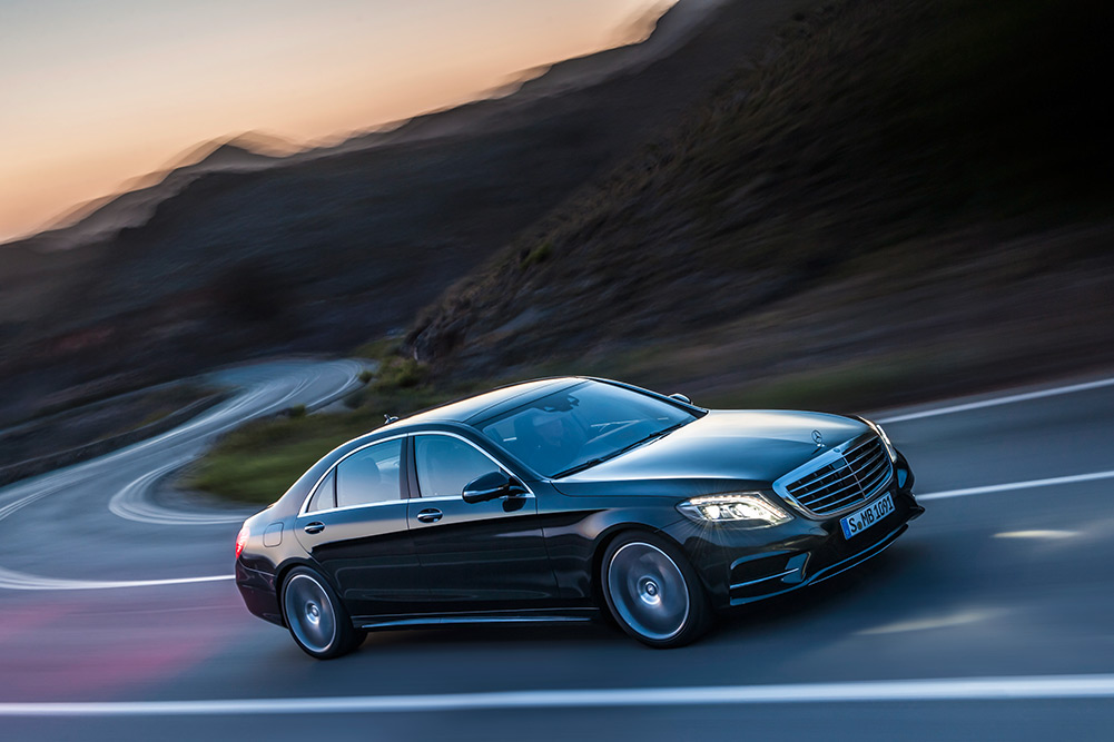 2014-mercedes-sclass-550-vehicle-02