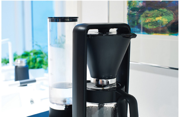 wilfa-svart-precision-coffee-maker-02