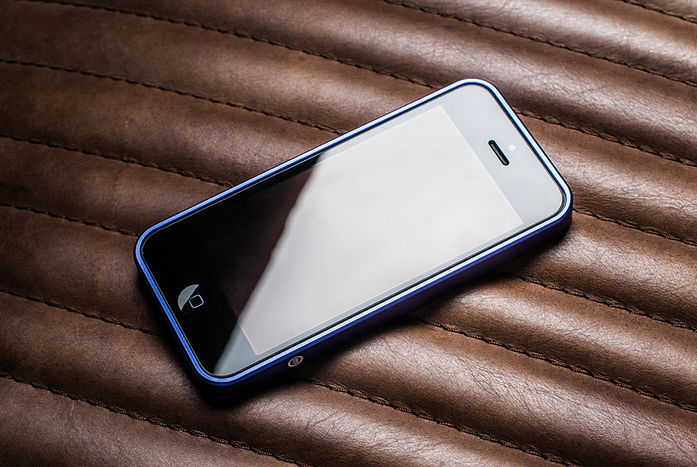 al13-aluminum-iphone-bumper-14
