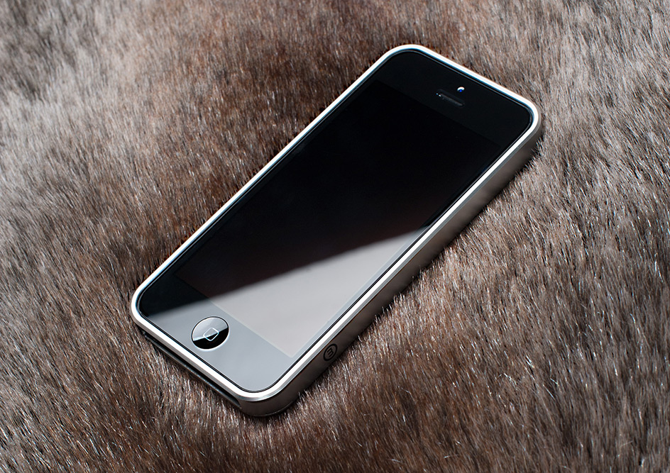 al13-aluminum-iphone-bumper-28