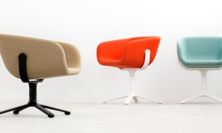 Gyroscope-Like Scoop Chair by KiBiSi