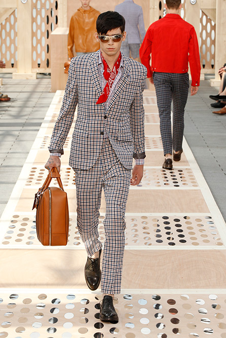 luis-vuitton-spring-2013-mens-18