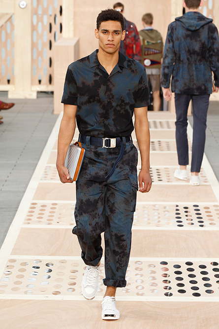 luis-vuitton-spring-2013-mens-58