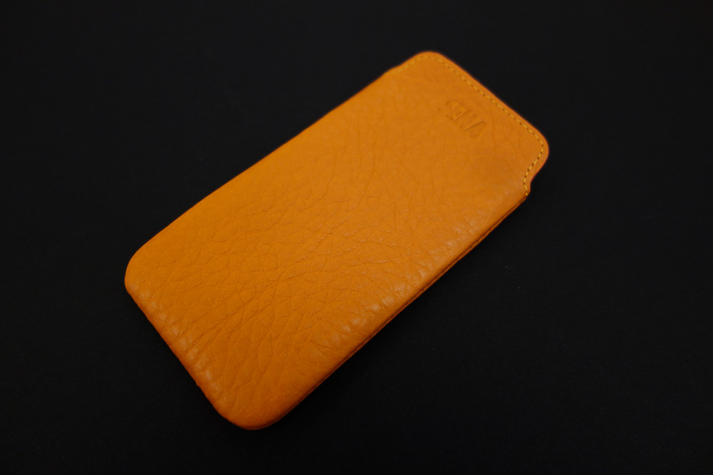 SENA iPhone5 Leather Cases 1