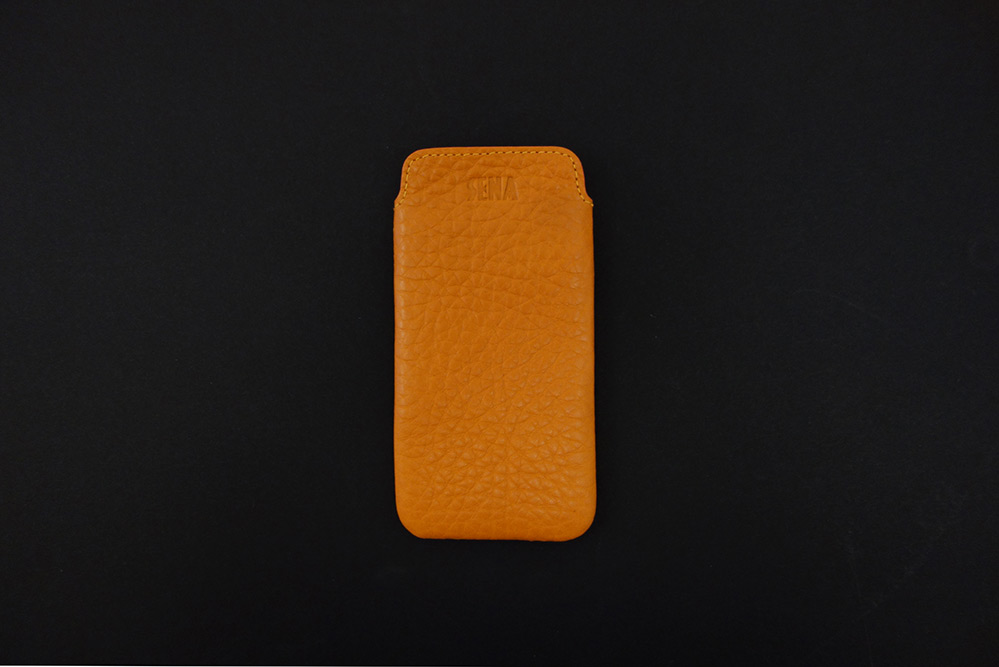 sena-leather-iphone5-sleeve-4