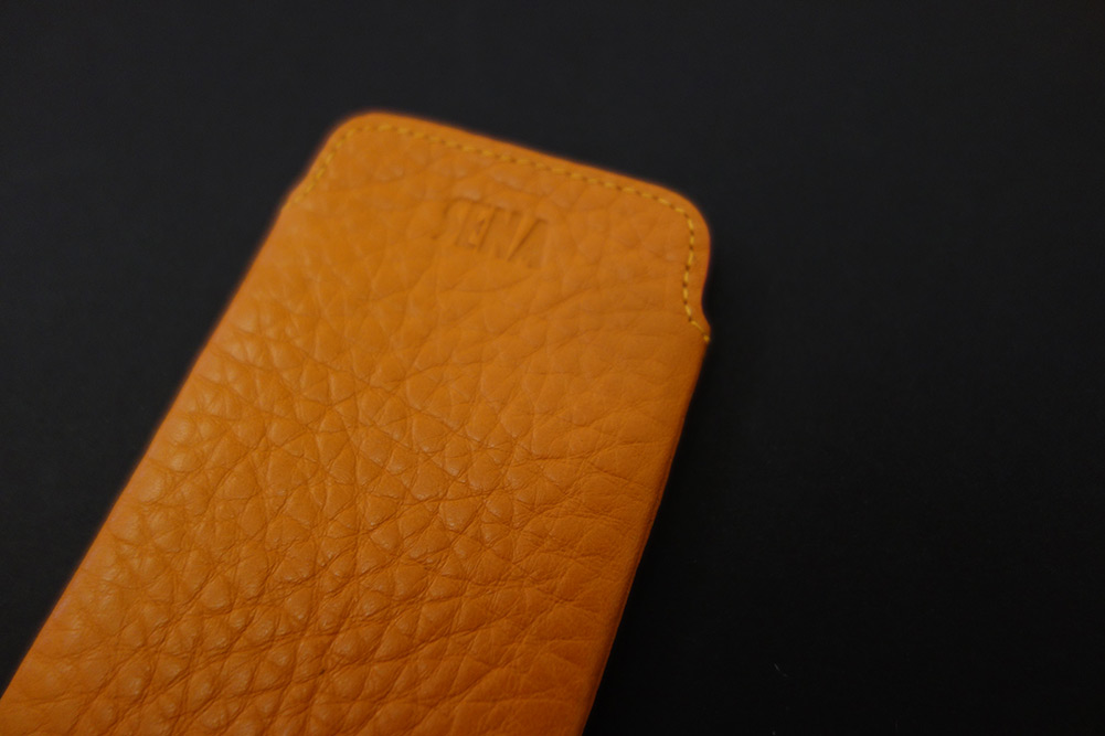 sena-leather-iphone5-sleeve-6