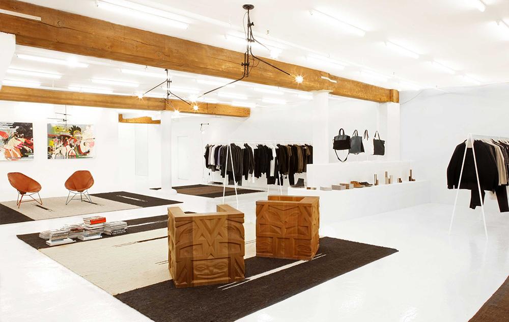 totokaelo-man-store-03