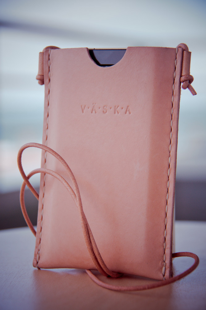 vasaka-iphone-valo-case-04